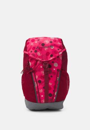 PUCK 10 UNISEX - Tagesrucksack - bright pink/cranberry