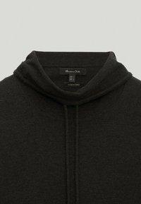 Massimo Dutti - MIT KAPUZENKRAGEN - Sweatshirt - dark grey - 4