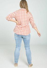 Paprika - Button-down blouse - blush - 2