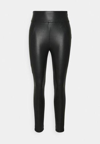 VINNIS COATED - Bukse - black