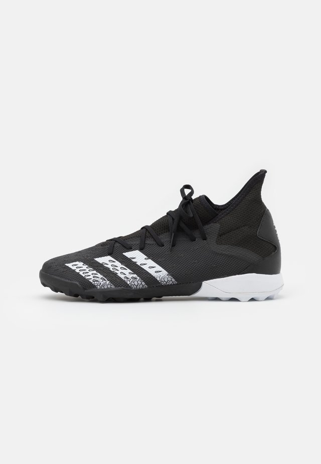 PREDATOR FREAK .3 TF - Botas de fútbol multitacos - core black/footwear white