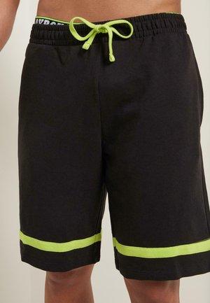 MIT STREIFEN - Shorts - - - black/apple green