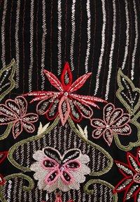 Lace & Beads Petite - DELILAH DRESS - Cocktailkjoler / festkjoler - black - 6