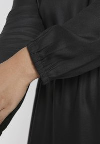 MY TRUE ME TOM TAILOR - FLUENT ELASTIC WAIST DRESS - Day dress - black - 3