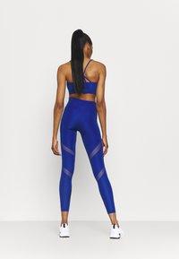 Puma - PAMELA REIF X PUMA MID WAIST LEGGINGS - Leggings - mazerine blue - 2