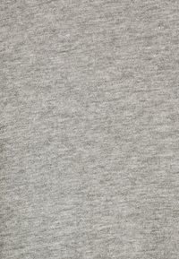 Jack & Jones - JORBASIC TEE  V-NECK 3 PACK - T-shirt - bas - white/light grey melange/black - 5