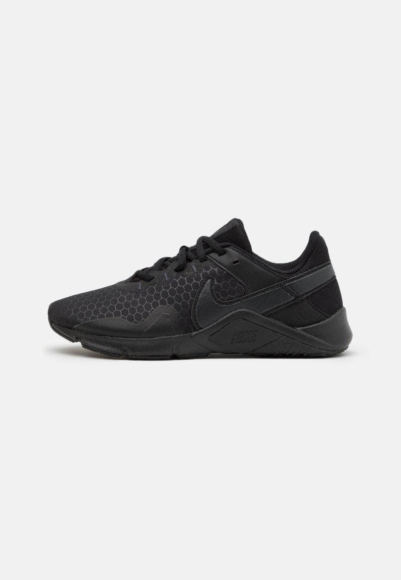 Nike Performance - LEGEND ESSENTIAL 2 - Zapatillas de entrenamiento - black/off noir
