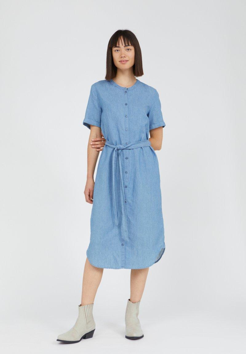ARMEDANGELS - MAARE - Denim dress - foggy blue