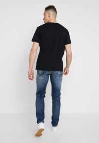 Pepe Jeans - HATCH - Jeansy Slim Fit - dark used - 2
