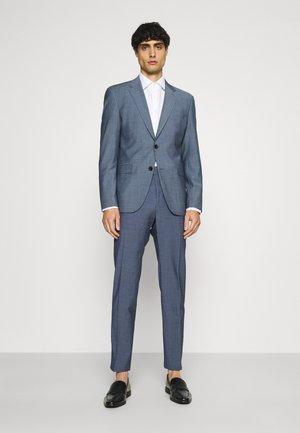 AIDAN MACE SET - Oblek - blue