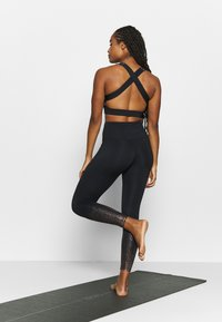 HIIT - FOIL FADE - Tights - black - 2