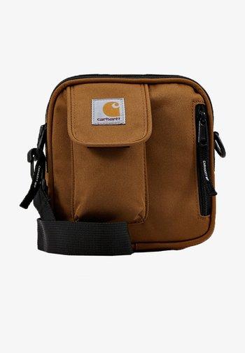 ESSENTIALS BAG SMALL UNISEX - Across body bag - hamilton brown