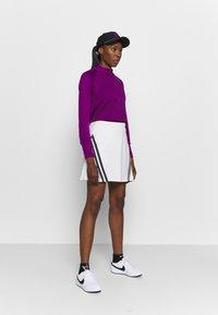 Nike Golf - THERMA LONG SLEEVE ZIP - Mikina - bright grape/bright grape - 1