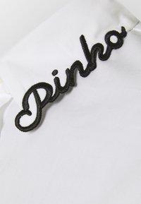 Pinko - RAGIONERIA CAMICIA POPELINE - Blouse - white - 2