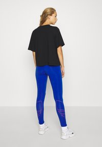 adidas Originals - LOGO TIGHTS - Leggings - team royal blue - 2
