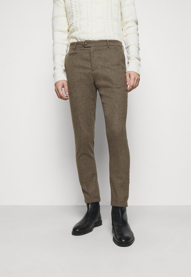 COMO SUIT PANTS - Stoffhose - dark sand