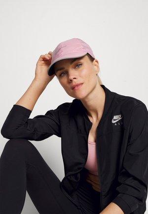 RUN - Cap - pink glaze