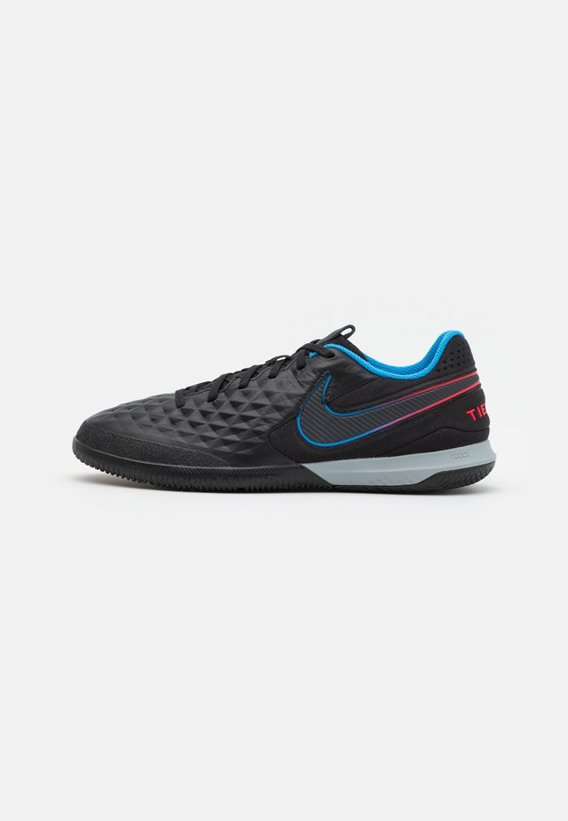 REACT TIEMPO LEGEND 8 PRO IC - Zaalvoetbalschoenen - black/siren red/light photo blue