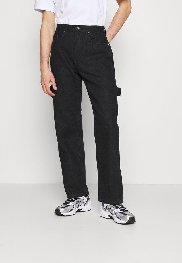 MARCUS BUTLER CARPENTER WIDE LEG - Jeans straight leg - black