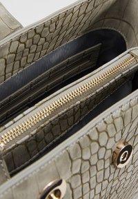 Valentino Bags - AUDREY - Sac à main - grigio - 4