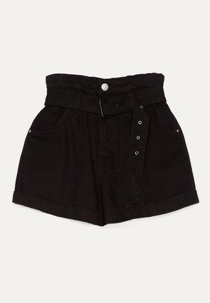 MIT GÜRTEL  - Denim shorts - black