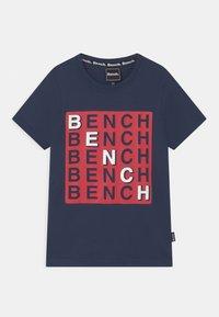 Bench - CHECK - T-shirt z nadrukiem - navy - 0