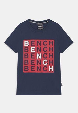 CHECK - Print T-shirt - navy