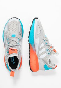 adidas Originals - ZX 2K BOOST  - Trainers - grey two/signal cyan - 3