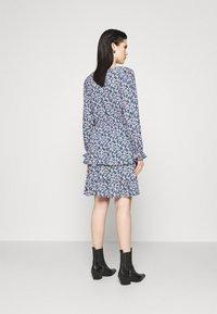 Pieces - PCSASSI DRESS - Day dress - lilac - 2