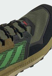 adidas Performance - TERREX TRAILMAKER BLUE WANDERSCHUH - Hikingsko - green - 8