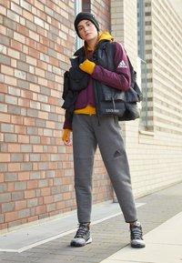 adidas Performance - W ZNE A H C.RDY - Sports jacket - leg gold - 4