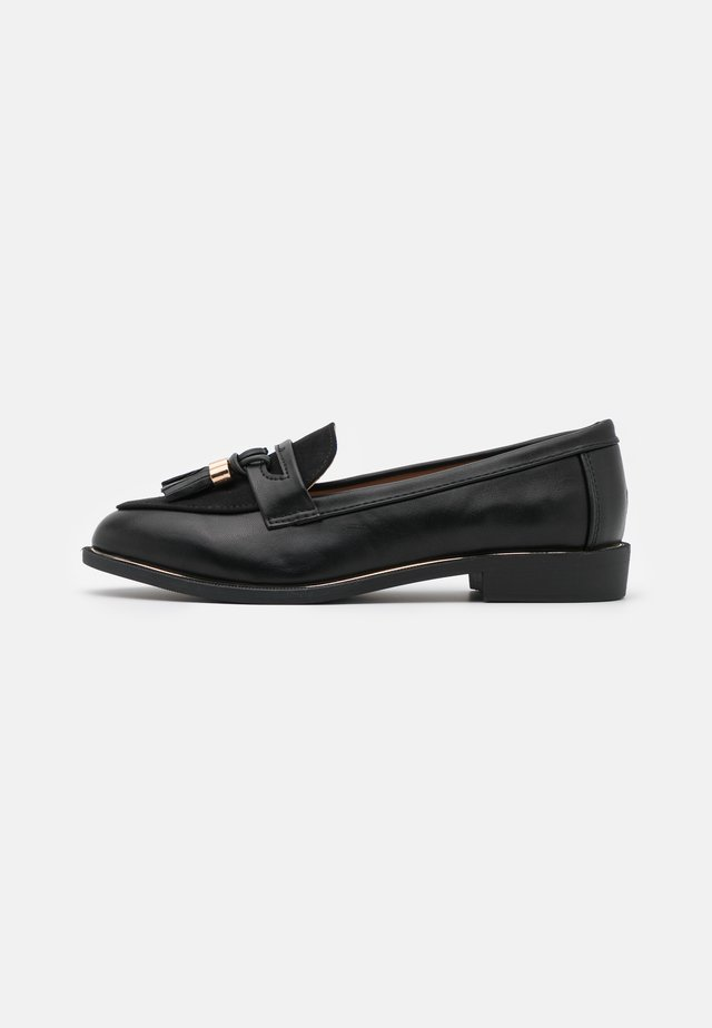 WIDE FIT LANDMARK APRON LOAFER - Slip-ons - black