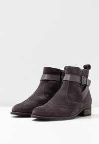 Pier One Wide Fit - Ankle boots - grey - 4