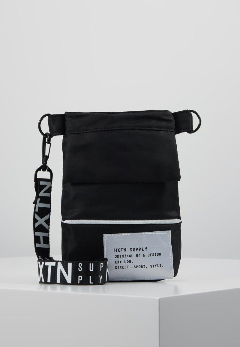 HXTN Supply - PRIME SHOULDER POUCH - Across body bag - black