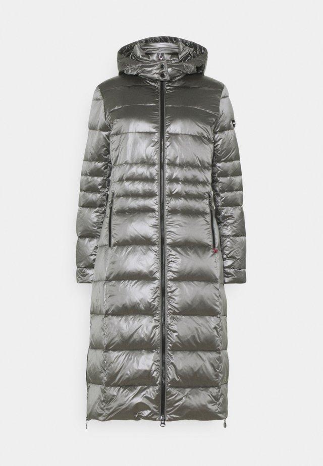 Down coat - iron