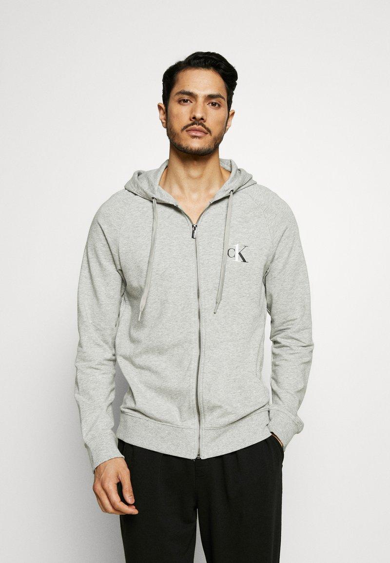 Calvin Klein Underwear - LOUNGE FULL ZIP HOODIE - Pyjamapaita - grey