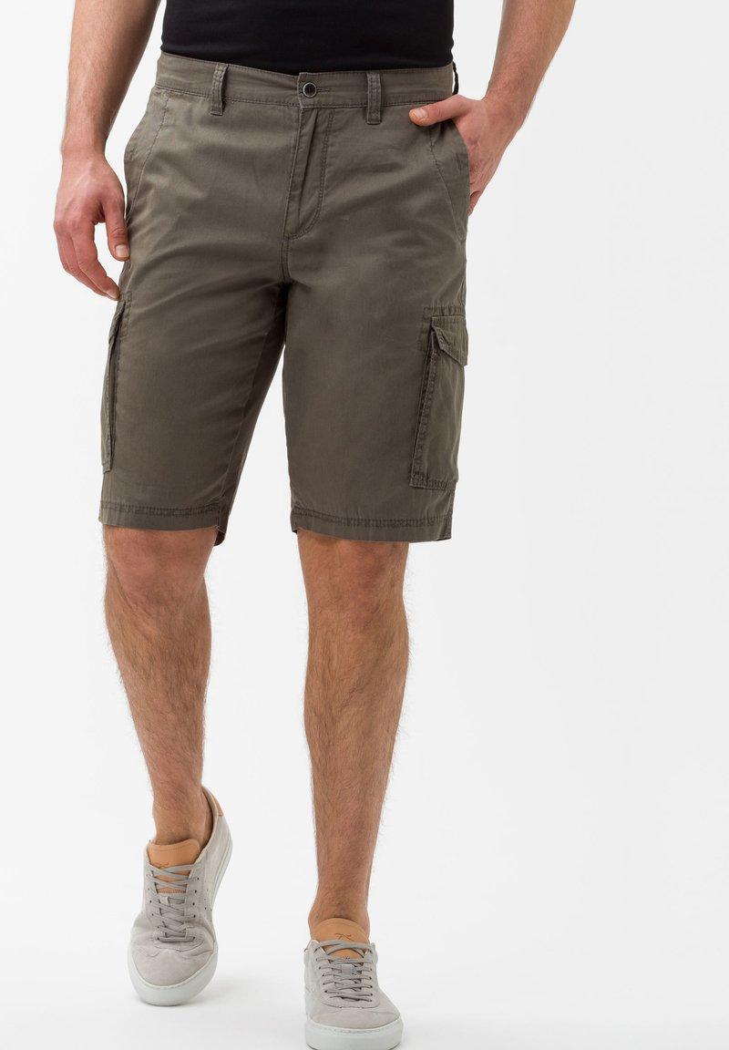 BRAX - STYLE BRAZIL - Shorts - khaki