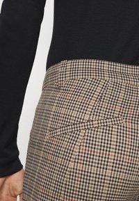 DRYKORN - BREW - Trousers - braun - 5