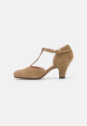 Classic heels - suguero