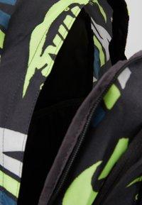 Nike Sportswear - ALL ACCESS SOLEDAY - Reppu - dark smoke grey/black/photon dust - 4