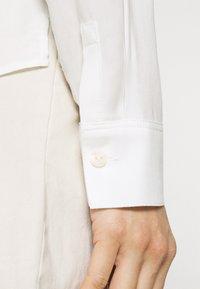 Marc O'Polo DENIM - BLOUSE LONGSLEEVE - Long sleeved top - scandinavian white - 3