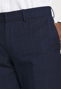 Isaac Dewhirst - THE FASHION SUIT PEAK WINDOW CHECK - Suit - dark blue - 7