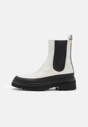 SIENA - Platform ankle boots - gomato black/poncho stone