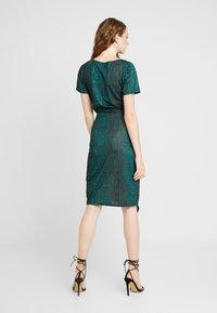 Ivyrevel - FRONT WRAP DRESS - Shift dress - green - 3
