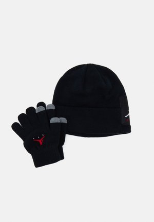 OFFSET PATCH BEANIE SET UNISEX - Gloves - black