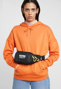 adidas Originals - WAISTBAG - Marsupio - black - 5
