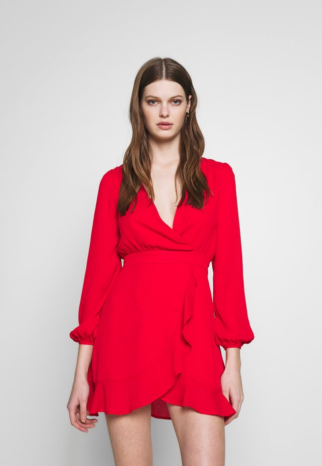 V NECK WRAP DRESS - Vestido de cóctel - red