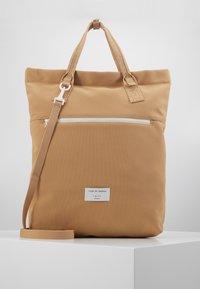 Tiger of Sweden - BANKSIA - Tote bag - warm beige - 0