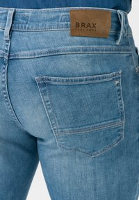 BRAX - STYLE CHRIS - Slim fit jeans - glory blue used - 4