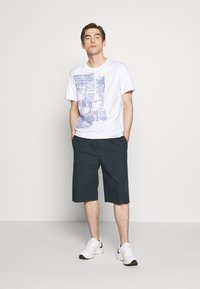 3.1 Phillip Lim - POSTCARD PERFECT TEE - T-shirt med print - white - 1
